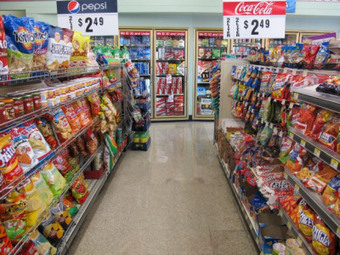 How the junk food industry has encouraged us to eat ourselves to death   YOUR FOOD, YOUR ENVIRONMENT, YOUR HEALTH: #Biotech #GMOs #Pesticides #Chemicals #FactoryFarms #CAFOs #BigFood   Scoop.it