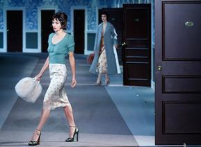 Défilé Louis Vuitton : des sacs et pochettes revisités et sans logo apparent | Les sacs et accessoires de luxe Vuitton, Chanel et Hermès | Scoop.it