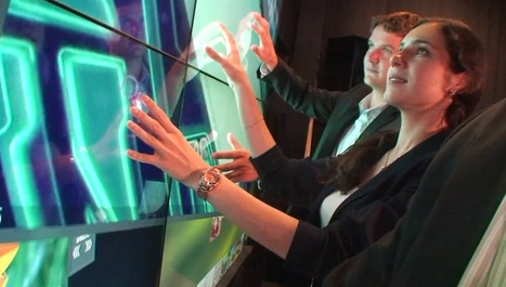 New Multitouch Classroom Screen Is Like A 55″ iPad | Digibord | Scoop.it