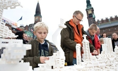 Lego: can this most analogue of toys really be a modern urban planning tool? | MatNet | Scoop.it