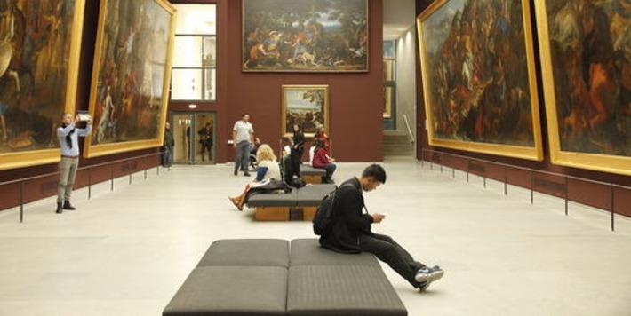 Moins de visiteurs dans les musées parisiens | Le Monde | Kiosque du monde : A la une | Scoop.it