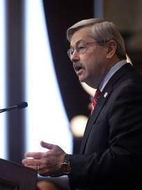 Branstad: Education reform must precede more state aid - DesMoinesRegister.com | Thinking about teaching English | Scoop.it