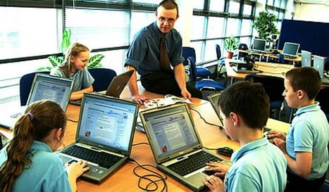 Julia Steiny: Ed Tech Ignorance Wastes Millions Each Year | Education News | A New Society, a new education! | Scoop.it