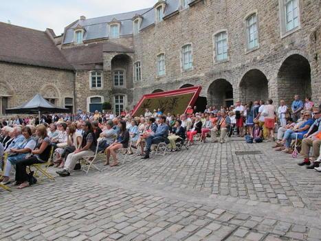 Boulogne: les «Terrasses musicales» du Château rencontrent le succès chaque dimanche d'été | Tourisme Boulogne-sur-Mer | Scoop.it