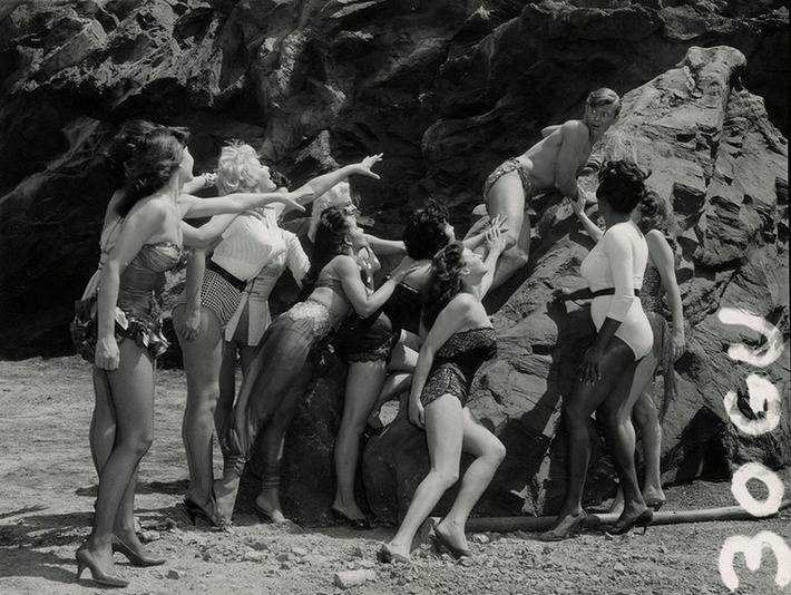 """Martin Milner and bathing beauties in a publicity still from """"The Private Lives of Adam and Eve"""" (1960)   Lingerie Love   Scoop.it"""