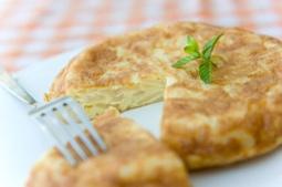 Tortilla de patatas para celiacos y lo mejor....Sin huevo! | Gluten free! | Scoop.it