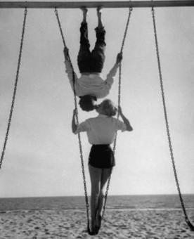Swingers at Venice Beach, 1955- Allan Grant | Girls & the City | Scoop.it
