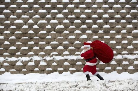 10 Sneaky Ways to Walk 10,000 Steps Per Day During the Holidays | One Step at a Time | Scoop.it