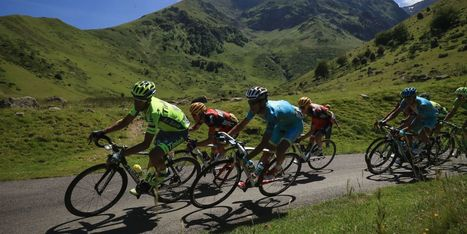 What's More Powerful: A Superbike, or Every Rider in the Tour de France? | Ductalk Ducati News | Scoop.it