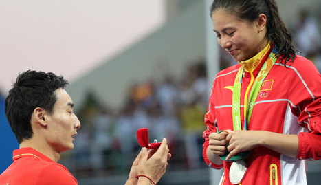 Chinese diver He Zi wins silver in 3m, gold in love with marriage proposal | Middays with Becky in DC | Scoop.it