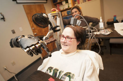 Paralysed woman flies fighter jet simulator using only her mind | this curious life | Scoop.it