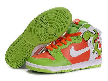 1a897343fb65 Nike SB Yoshi High Top Super Mario Dunks Yoshi nike dunk   Yoshi nikes shoes