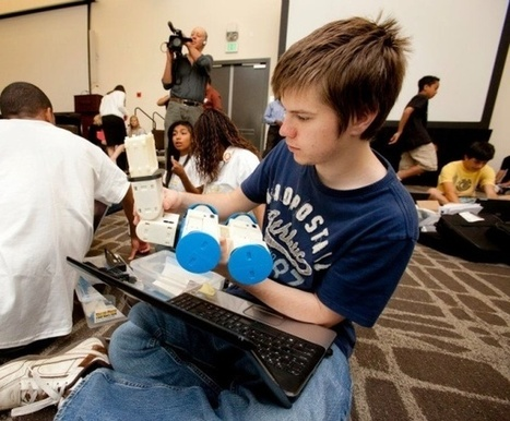Design your own 3D printed robot with Mobot-A   African futures fun   Scoop.it
