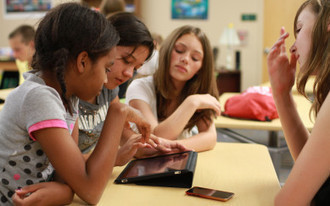 Schoology or Edmodo? Choosing the Best LMS for your iPad Classroom | Technology | Scoop.it