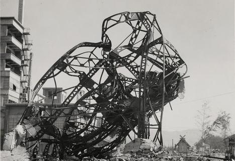 Hiroshima: Ground Zero 1945 | International Center of Photography | GenealoNet | Scoop.it