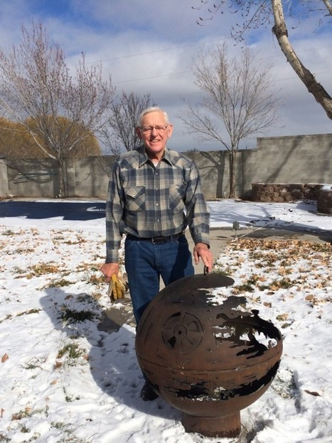 84-Year-Old Grandpa Welds a Death Star Fire Pit | L'Empire du côté obscure | Scoop.it