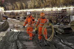 Fury as foreigners get 1/5 jobs at rail link and Brits miss out | Government789 | Scoop.it