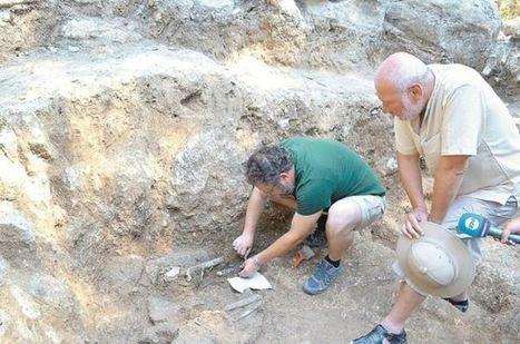 Arqueólogos encuentran los restos de una mujer tracia desmembrada según los  ritos órficos 0b82689e0daf5