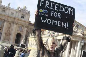 Topless women protest the Catholic Church's misogyny under Pope's balcony | Modern Atheism | Scoop.it
