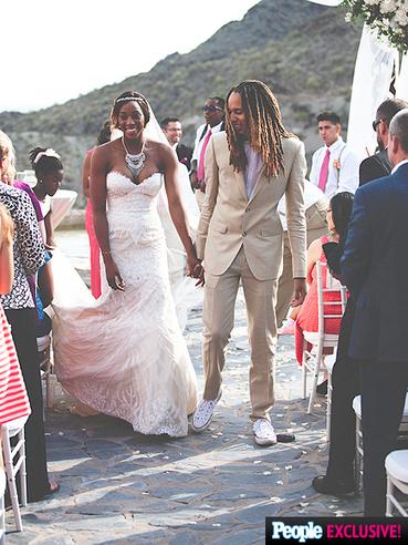 Brittney Griner y Glory Johnson han celebrado su boda el pasado fin de semana   Basket-2   Scoop.it