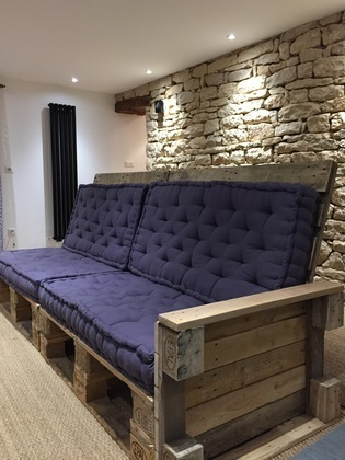 diy palettes. Black Bedroom Furniture Sets. Home Design Ideas