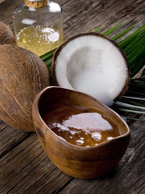 Beauty recipe: How to make virgin coconut oil at home (effort level: easy) | The Beauty Gypsy | Scoop.it