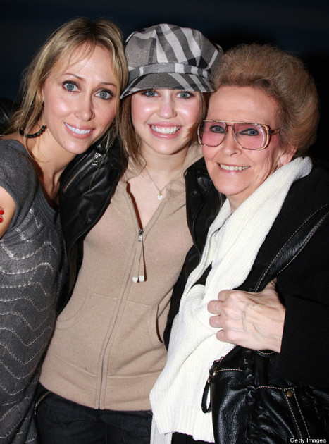 Miley Cyrus Gets A Huge Tattoo Of Her Grandmother - Sexy Balla | News Daily About Sexy Balla | Scoop.it