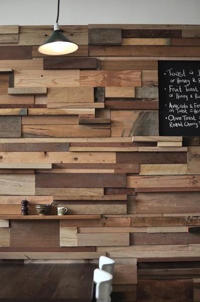Des murs en bois de r cup 39 palettes - Faire un mur en bois ...