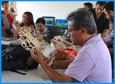 Families making a clock at FabLab Cali | FabLabs & Open Design | Scoop.it
