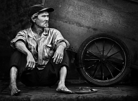 Black and White Street Photography | The Design Work | stFOTO | Scoop.it