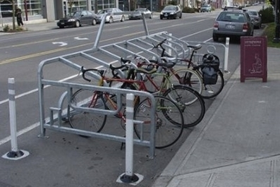 How to build and install a bike rack: city publishes bike parking guidelines | The Nelson Daily | Bike Parking | Scoop.it