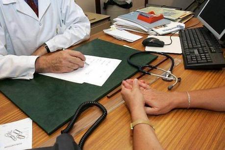 Le 1er juillet, le médecin du travail ne sera officiellement plus seul à veiller sur la santé des salariés. | Les Verseurs d'Eau | Scoop.it