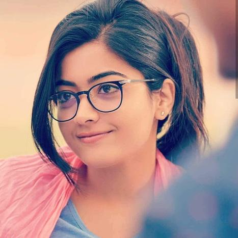 Telugu Actress Rashmika Mandanna Hot Photos 35
