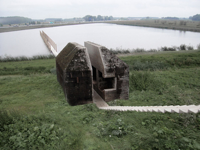 [MOVIE] Concrete bunker CUT in HALF by RAAAF and Atelier de Lyon | The Architecture of the City | Scoop.it