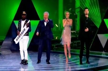 The Voice 2 (UK): Le jury dont Tom Jones et Will.i.am reprend Get Lucky de Daft Punk | Le Journal de la Télé - Nostalgie | Scoop.it