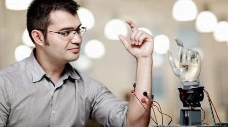 Mind-controlled permanently-attached prosthetic arm could revolutionize prosthetics | Bots and Drones | Scoop.it