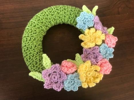 Couronne Au Crochet In Les Poules Crocheteuses Scoopit