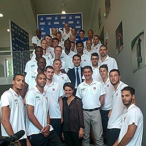 Vidéo : Le bizutage des rookies de l'équipe de France | Basket ball , actualites et buzz avec Fasto sport | Scoop.it