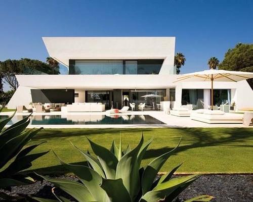 tr s belle maison contemporaine par a cero andalousie espagne construire tendance. Black Bedroom Furniture Sets. Home Design Ideas