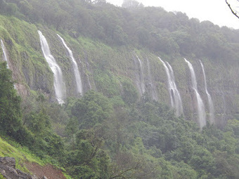 Travel With Your Camera To Explore The World: Awesome Visit To Amboli Ghat And Waterfalls : Travel Story | Travel With Your Camera | Scoop.it