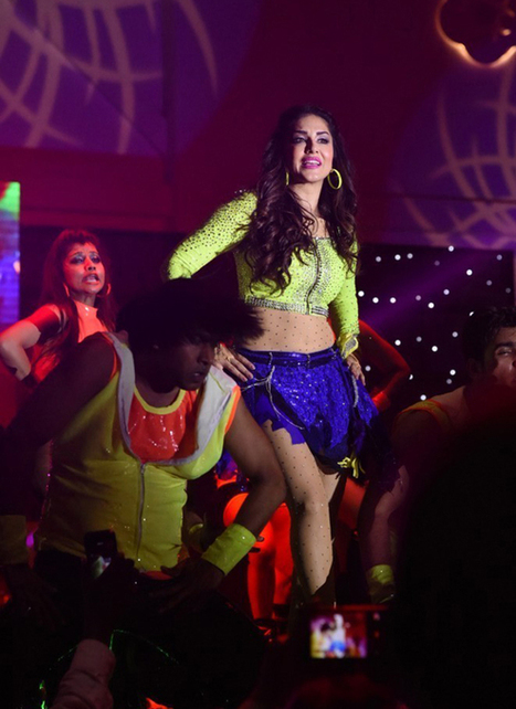 Sunny Leone's sizzling performance on 31st Night in Jubilee Hills Hyderabad, Actress, Bollywood, Hollywood, Western Dresses | Indian Fashion Updates | Scoop.it