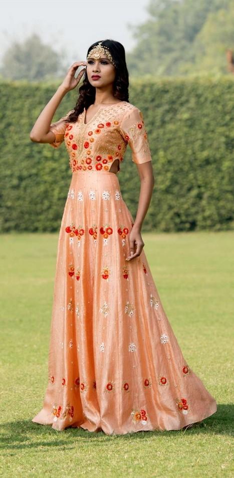 Best Fashion Designer In Delhi Buy Wedding Lehe