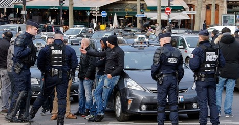 Battle of the Cabs: Taxi Drivers Attack Ubers in Violent Paris Protest | FAIR SHARE - Sharing Economy News | Scoop.it
