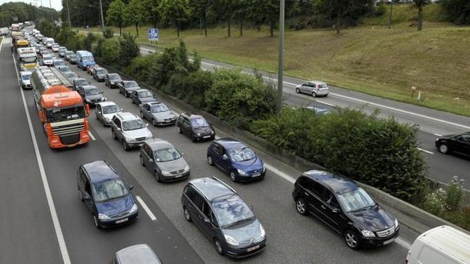 #belgique Une voie de 11 km exclusivement réservée au covoiturage ouvrira dans un mois sur l'E411