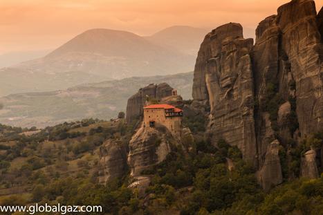 In The Heavens Above - #Meteora, #Greece | travelling 2 Greece | Scoop.it
