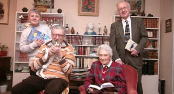 Site de la Mairie de Vanves - Aînés - Service de bibliothèque à domicile mis en place par le Conseil des Seniors | Bibliothèques : portage à domicile | Scoop.it