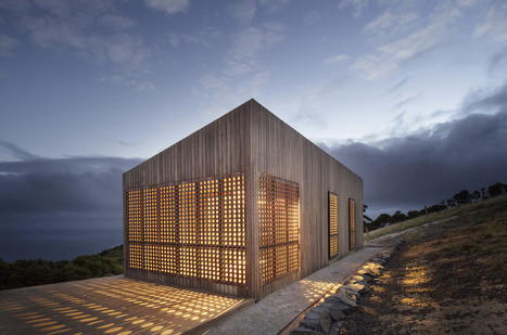 Living with the Landscape: Moonlight Cabin by Jackson Clements Burrows Architects | sustainable architecture | Scoop.it