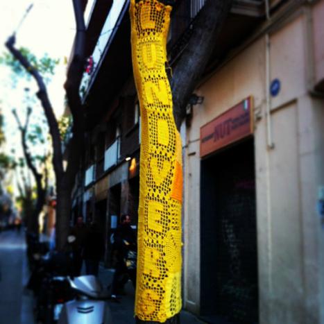 Scissors and Spice: Crochet Graffiti: Yarn Bombing & Craft as Protest | Street art news | Scoop.it