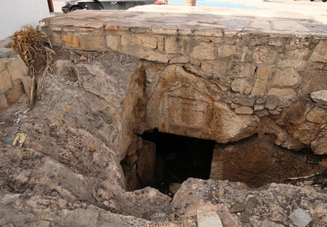 Two ancient tombs uncovered in Kato Paphos   Monde antique   Scoop.it