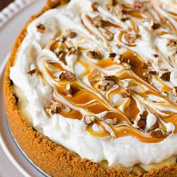 Salted Caramel Apple Cheesecake Pie | new baking ideas | Scoop.it